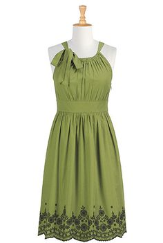 eShakti- Bow tied embellished dress    *If I chose green as a wedding color, I like this dress. I really love the bottom and I feel like it is a dress that will fit any body style.