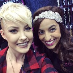 """""""Alyx from @pinkpewter is such an awesome person! Love her!! @alyxmichelle #pinkpewter #btcpics @americasbeautyshow #americasbeautyshow #hair"""""""