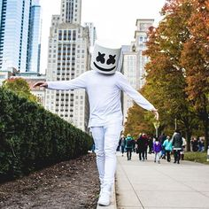 Stream Marshmello Style by Skrashii from desktop or your mobile device Trance Music, Edm Music, Dj Alan Walker, Nothing But The Beat, Joker Iphone Wallpaper, Marshmello Dj, Electro Music, Recording Studio Design, Home Studio Music