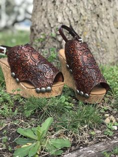Treat yourself to a new pair of tooled leather kicks this summer! Sport the western lifestyle while wearing a pair of tooled leather shoes. Sock Shoes, Shoes Heels Boots, Fab Shoes, Leather Tooling, Tooled Leather, Leather Wedges, Leather Sandals, Walking In Heels, Plastic Shoes