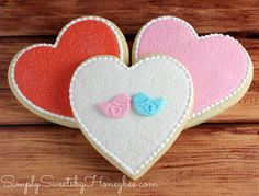 Valentine's Fondant Heart Cookies {Simply Sweet Saturdays} - simplysweetsbyhoneybee.com