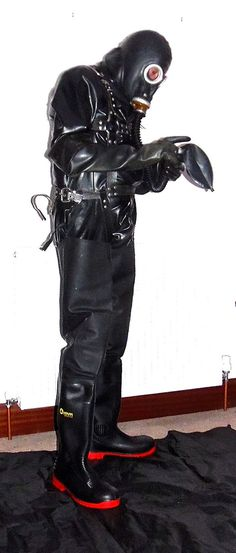 club rubber gasmasks and waders eroclubs. Heavy Rubber, Black Rubber, Latex Men, Horror Costume, Diving Suit, Rubber Doll, Pvc Raincoat, Neoprene Rubber, Rain Gear