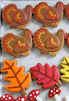 Marbled Turkey Cookies.  Cookie decorating