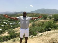 Baltimore Ravens' Elvis Dumervil funds 58 homes for jersey number #58 in Bercy, Haiti - newstorycharity.org/elvis