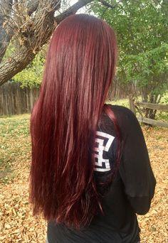 Burgundy Hair Dye, Red Violet Hair, Dark Red Hair, Long Red Hair, Hair Color Auburn, Auburn Hair, Red Hair Color, Hair Colors, Haircut Tip