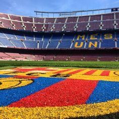 Con #Messi somos locales en #Barcelona  - #fcbarcelona #futbol