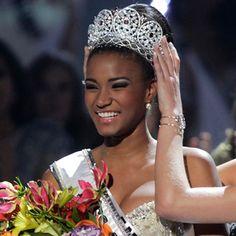 Miss Universo 2011 de Angola, Leila Lopes es coronada Miss Universo 2011 en el certamen realizado en Sao Paulo, Brasil, el 12 de septiembre de 2011.