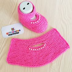Hashtag Gulumsetenmarifetlerpatik Su In - Diy Crafts Baby Booties Knitting Pattern, Crochet Slipper Pattern, Booties Crochet, Crochet Baby Shoes, Crochet Baby Booties, Sweater Knitting Patterns, Knitting Socks, Knitted Slippers, Knitting For Kids