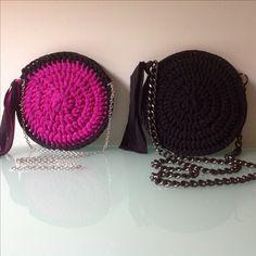 Handmade round crochet bags \\ purple vs black