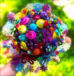 Over the #Rainbow button bouquet from www.brideasabutton.com #TipiWedding