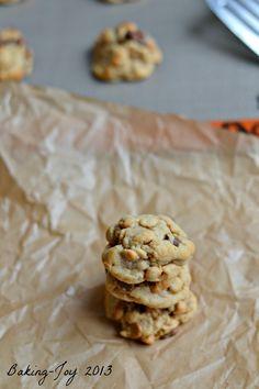 Soft baked peanut butter chocolatecookies