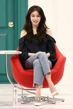 Jiyeon • T-ara  Outrageous Roommates