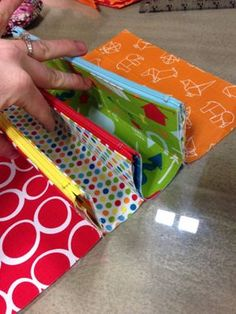 Sew Together Bag Tutorial. 2019 Sew Together Bag. DIY step-by-step tutorial. Сумочка для рукоделия The post Sew Together Bag Tutorial. 2019 appeared first on Bag Diy. Sewing Hacks, Sewing Tutorials, Sewing Crafts, Sewing Projects, Free Tutorials, Tutorial Sewing, Sewing Basics, Sewing Tips, Patchwork Bags