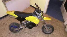 100,00€ · Vendo Minimoto y Casco · Vendo mínimoto de cross. Regalo casco con la moto. · Vehículos > Motos y minimotos > Minimotos
