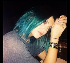 Pravana guest artist Daniel Moon transforms Kylie Jenner to blue/green for the big wedding. Get the HOW TO here.