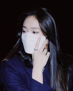 Krystal Jung, Super Star, Busan, Woman Crush, Kpop Girls, Sisters, Mens Fashion, Random, Celebrities