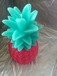 Un ananas  en bougie quel super  idée  de deco pour chez soi ou à offrir