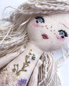 In love with the softness of her features 😍 Custom dolly ready for her new home 💕 Hoping to get started on a batch of dolls to add to… Doll Crafts, Diy Doll, Sewing Crafts, Sewing Projects, Homemade Dolls, Maila, Sewing Dolls, Fairy Dolls, Soft Dolls