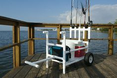 How to Build a Beach Cart Fishing Pole Storage, Fishing Pole Holder, Fishing Cart, Fishing Boats, Surf Fishing, Fishing Rigs, Fishing Rod Carrier, Crappie Fishing Tips, Beach Cart