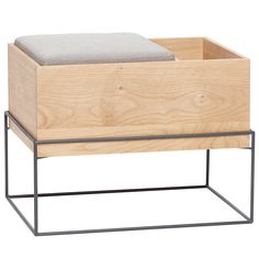 Awesome Dysis bench from Hübsch. Oak wood bench with cushion and storage space, to complement your entrance, a corner of your room or in the living room. The perfect eye catcher in your living room. Combine this item with your favorite furniture! Oak Storage Bench, Storage Bench With Cushion, Oak Bench, Bench Seat, Bench Furniture, Home Furniture, Accent Furniture, Cabinet Medical, Danish Interior