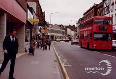 Wimbledon Broadway Back In Time, Back In The Day, My Town, Historical Pictures, England Uk, Wimbledon, Surrey, Buses, Growing Up