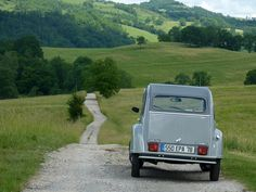 Citroen 2cv6 in Southern France