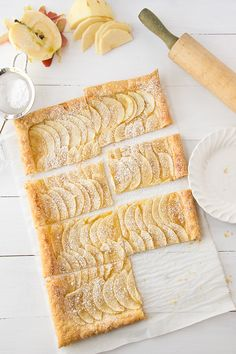 Easy Puff Pastry Honey Apple Tart. Takes 45 minutes total and only 5 ingredients! | siftandwhisk.com