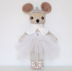 Delphine Dormouse, Thicket and Thimble