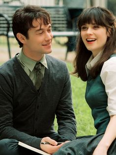 Joseph Gordon-Levitt & Zooey Deschanel in 500 Days of Summer (2009)