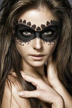 Incredible (and Easy) Halloween Makeup More
