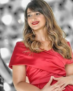 Indien Movie's Actress Ileana D'Cruz Biography and Lifestyle Indian Bollywood Actress, Bollywood Girls, Beautiful Bollywood Actress, Most Beautiful Indian Actress, Indian Film Actress, Beautiful Asian Women, Indian Actresses, Tamil Actress, Bollywood Actors