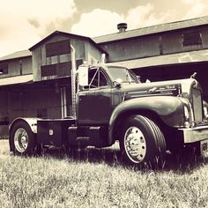 Hopped in a time machine, took it for a drive. #1963 #Mack #thermodyne #cottongin