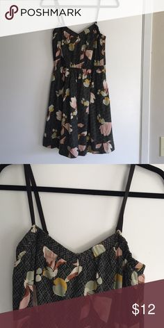 Urban Outfitters dress Tank strap dress w/flared skirt. Has front pockets. Size Med Urban Outfitters Dresses Mini