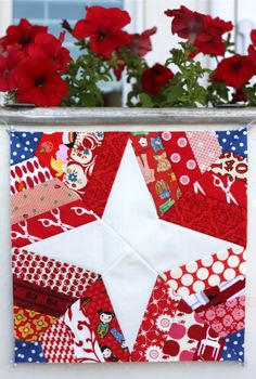 spiderweb block - Quilt Taffy-love the red and white