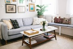 Design Sponge- A sun soaked space to come home to Dream Apartment, Apartment Living, Interior Exterior, Interior Design, Interior Decorating, Living Room Inspiration, Interior Inspiration, Cozy Living Rooms, Beautiful Space