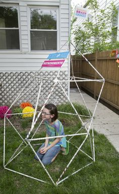 Step right up to our summer science carnival! Be an engineer and design a carnival tent from newspapers as you learn what shapes make structures strong.