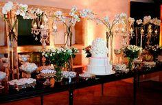 Foto de Ivana Calumby - http://www.casamentos.com.br/bolo-casamento/ivana-calumby--e110891