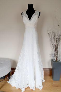 Watters Harmony, $975 Size: 10   Used Wedding Dresses