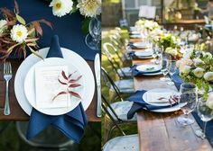 Backyard wedding perfection with POSH white china and classico stemware.  Design by Grit + Gold // Photo by Charla Storey