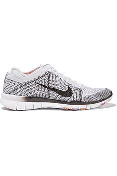 Nike Free TR 5 Flyknit Sneakers