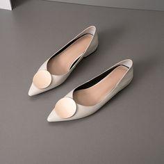 Chiko Kymberlyn Pointed Toe Block Heels Clogs/Mules Pointed Toe Block Heel, Block Heel Loafers, Heeled Loafers, Block Heels, Loafer Mules, Oxford Shoes Heels, Shoes Heels Pumps, Women's Shoes, Mules Shoes