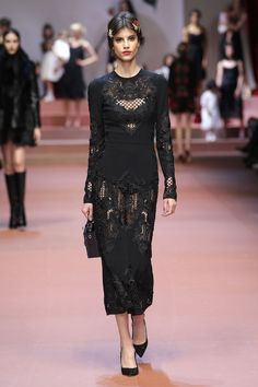 Discover Videos and Pictures of Dolce & Gabbana Fall Winter 2015 2016 Womenswear Fashion Show on Dolcegabbana.com.