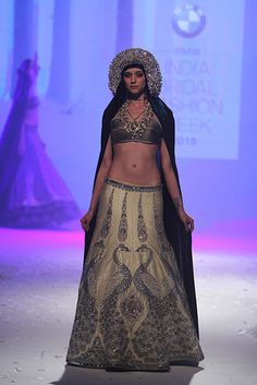 JJ Valaya | BMW India Bridal Fashion Week 2015 #PM #Indiancouture