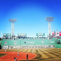 The #Green #Monster or #Monstah (as some call it)  is to me one of the #wondersoftheworld Can't wait to walk it again!!! #2 #2Days #617 #Fenway #RedSox #Boston #BostonRedSox #RedSoxFan #BoSox #BigPapi #Ortiz #RSN #RedSoxNation #MyFenway #TheGreenMonster #TheGreenMonstah #This #Love #Life #Baseball #Fun #Memories #Traditional #EveryYear @redsox @mlb @davidortiz @wallyredsox @fenwaypark @fenwayparkboston