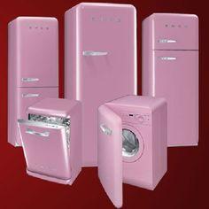 Retro pink Smeg appliances Hoe cool zou het zijn; een suikerzoete, roze koelkast in m'n sixties keuken?