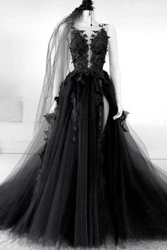 Tulle Round Black Long Prom Dresses, Appliqued Backless Evening Dress Source by mariefehler dressed long vintage Backless Evening Gowns, Evening Dresses, Backless Prom Dresses, Prom Dresses Blue, Dresses Uk, Dresses Online, Prom Dress Black, Dress Long, Black Gothic Dress