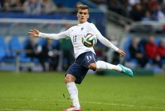 Antoine Griezmann  #11 Football Icon, Football Stadiums, Football Soccer, Football Players, Antoine Griezmann, French Soccer Players, France National Team, Fifa 2014 World Cup, Toni Kroos