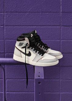 Nike Air Jordan 1 OG Retro High Top Basketball Sneakers - picture for you Jordan Shoes Girls, Air Jordan Shoes, Girls Shoes, Jordan Nike, Jordan 11, Sneakers Nike Jordan, Nike Air Jordan Retro, Sneakers Fashion, Fashion Shoes