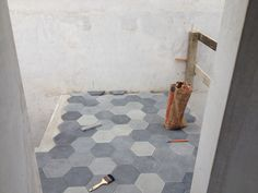 Process: installation of charcoal baldosa (mosaico) tiles. Coco, Bath Mat, Charcoal, Tiles, Rugs, Modern, Projects, Home Decor, Oaxaca