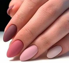 Want some ideas for wedding nail polish designs? This article is a collection of our favorite nail polish designs for your special day. Read for inspiration Best Acrylic Nails, Matte Nails, Pink Nails, Acrylic Nail Designs, My Nails, Matte Almond Nails, Color For Nails, Nail Colors, Stylish Nails